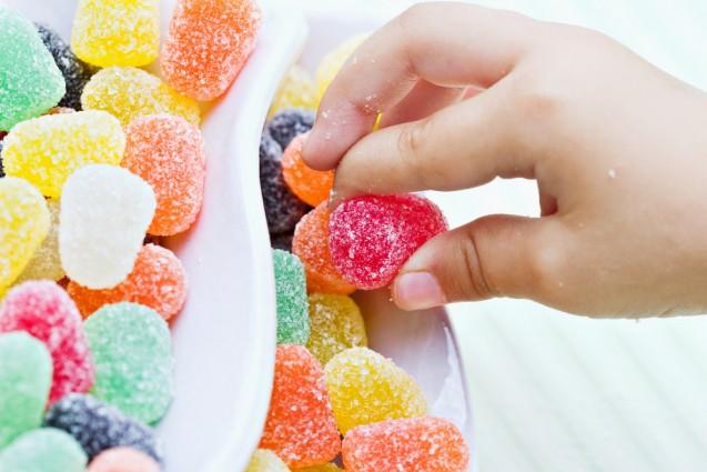 Pengaruh buruk Gula pada kesehatan anak-anak